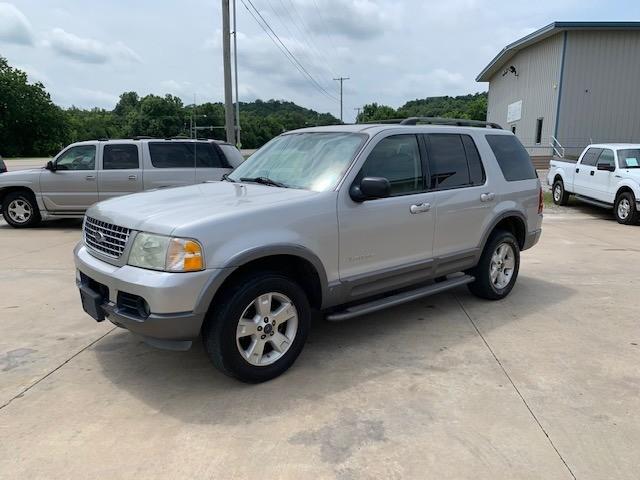 Ford Explorer 2004 price $3,400 Cash