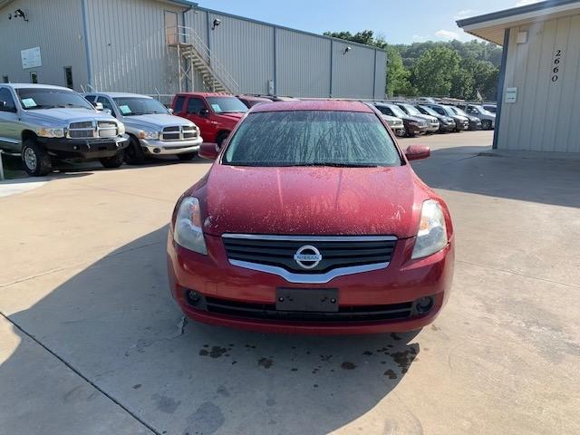 Nissan Altima 2009 price $4,000 Cash