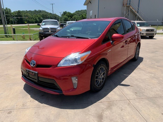 Toyota Prius 2012 price $6,000
