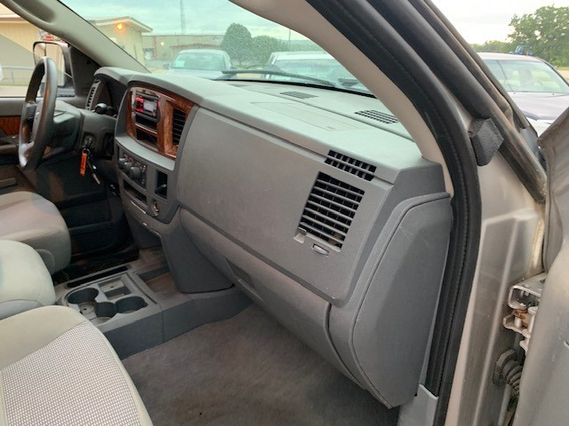 Dodge Ram 2500 2006 price $8,000 Cash