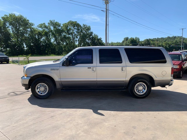 Ford Excursion 2002 price $3,800 Cash