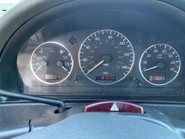 Mercedes-Benz ML350 2003 price $3,000 Cash