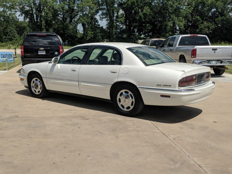 Buick Park Avenue 2000 price $2,500 Cash