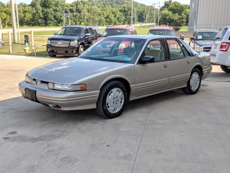 Oldsmobile Cutlass Supreme 1997 price $2,000 Cash