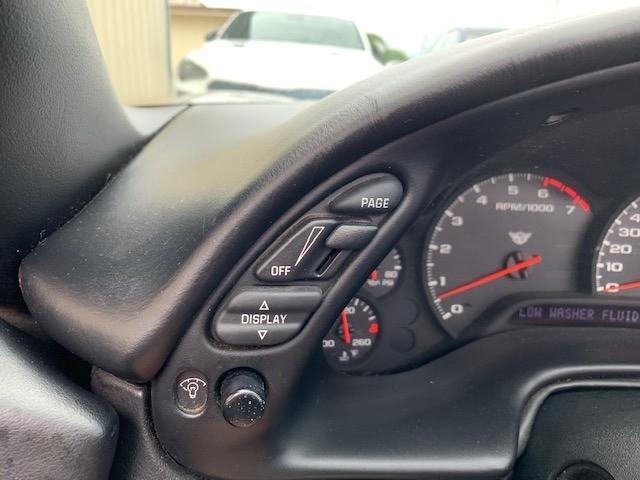 Chevrolet Corvette 2004 price $13,900 Cash