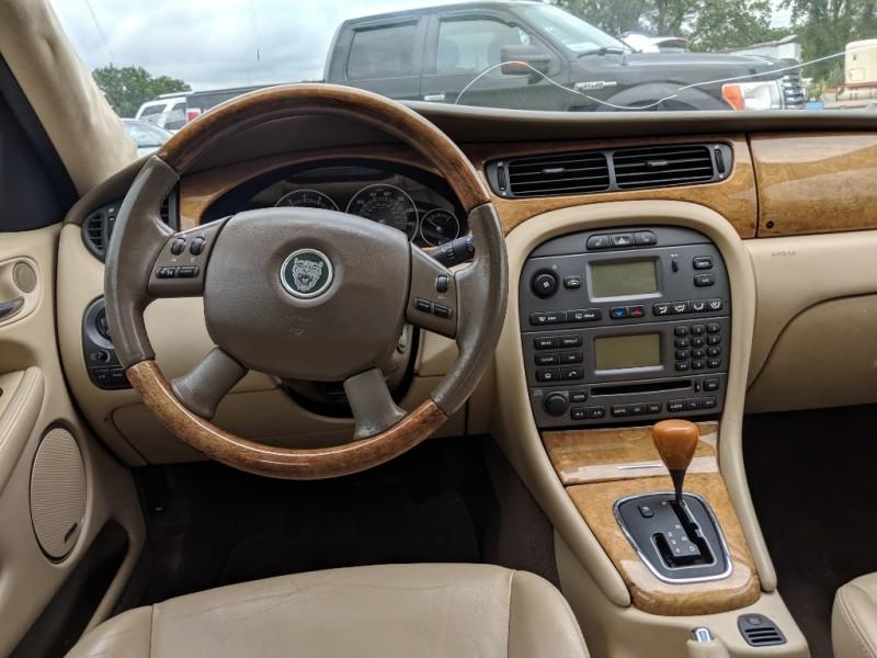 Jaguar X-TYPE 2005 price $3,500 Cash