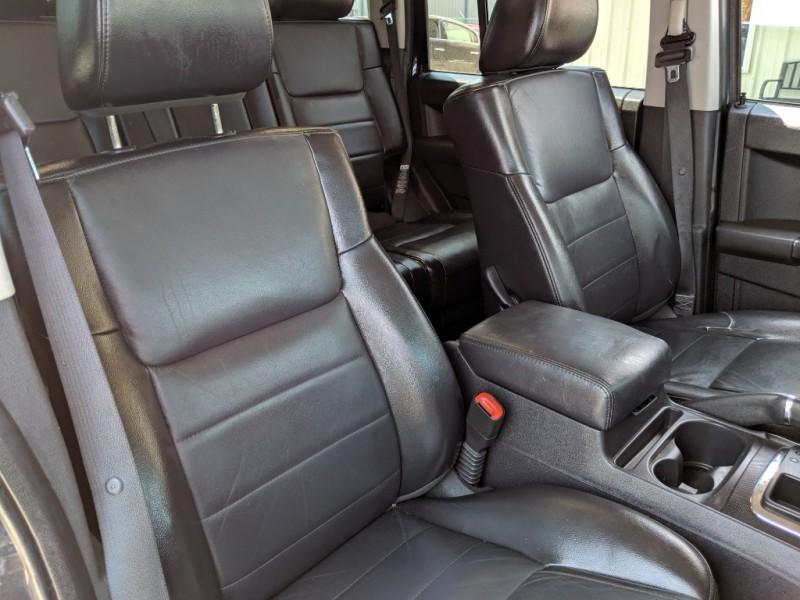 Jeep Commander 2010 price $4,900 Cash