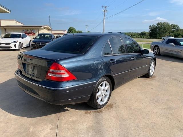 Mercedes-Benz C240 2004 price $3,900 Cash