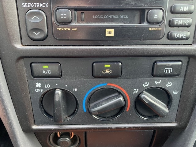 Toyota Camry Solara 2002 price $3,000 Cash