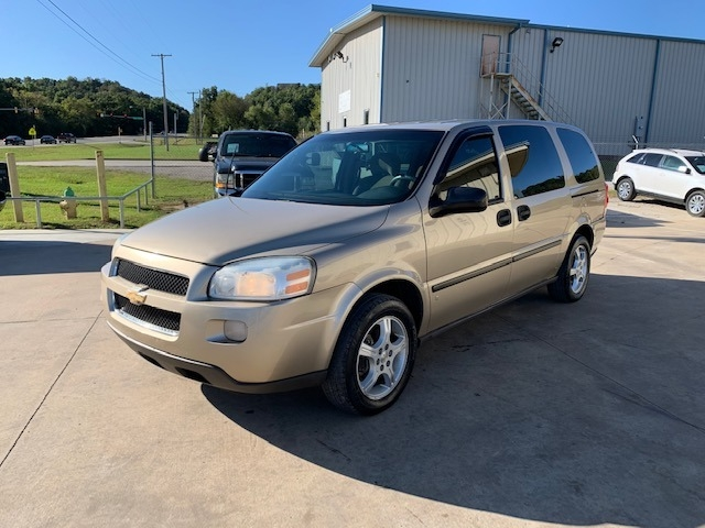 Chevrolet Uplander 2006 price $2,600 Cash