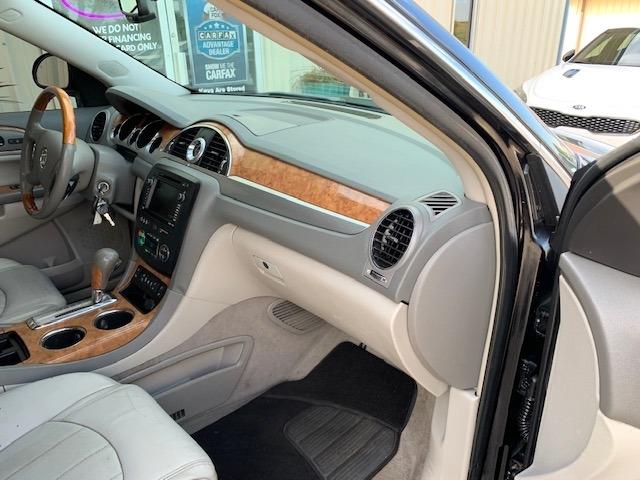 Buick Enclave 2009 price $5,300 Cash