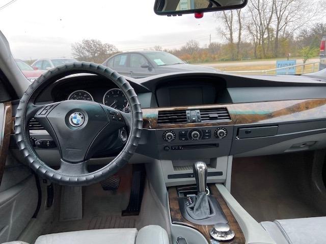 BMW 5-Series 2004 price $4,000 Cash