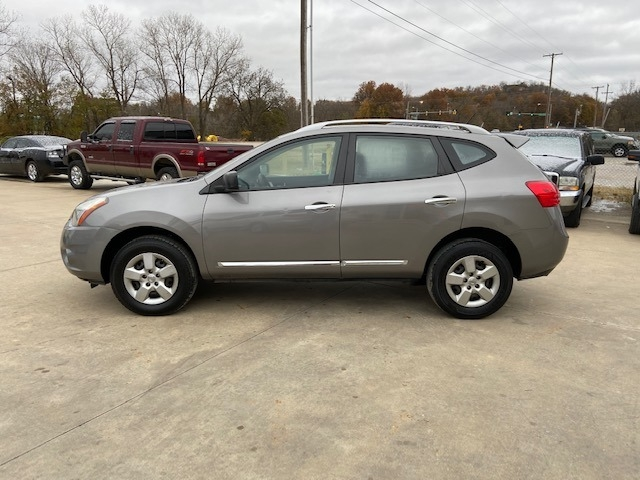 Nissan Rogue Select free warranty!!! 2015 price $7,500 Cash