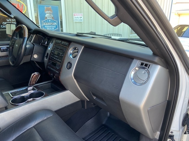 Ford Expedition 2007 price $7,000 Cash