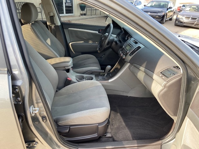 Hyundai Sonata 2009 price $3,000 Cash