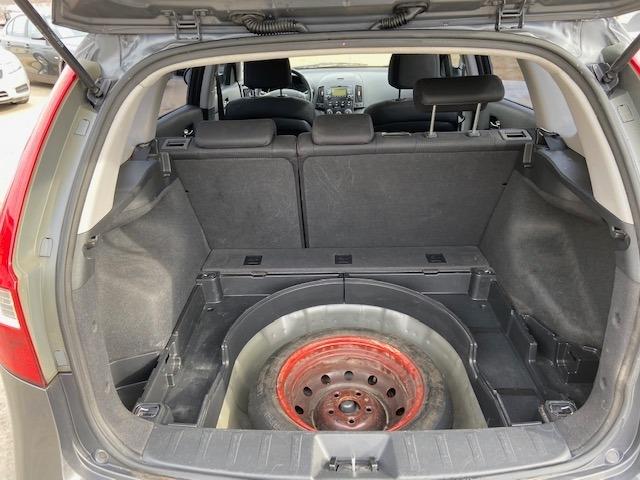 Hyundai Elantra 2009 price $4,700 Cash
