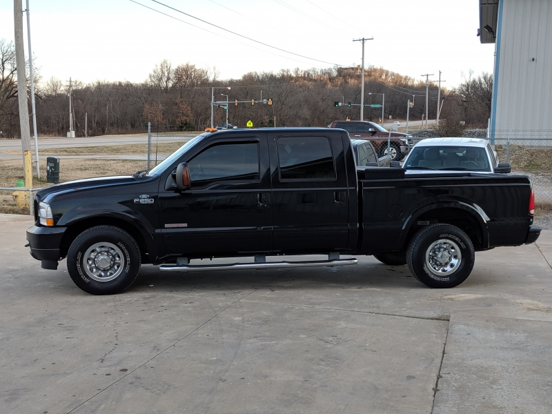 Ford Super Duty F-250 2003 price $13,000 Cash