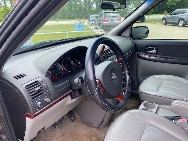 Buick Terraza 2005 price $2,000 Cash