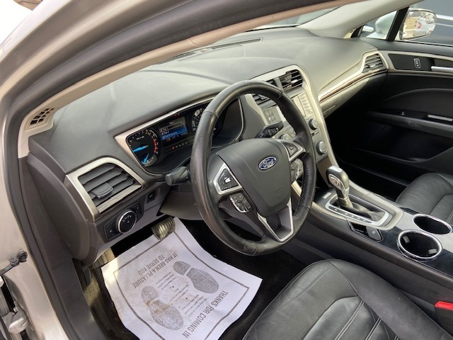 Ford Fusion 2013 price $6,900 Cash
