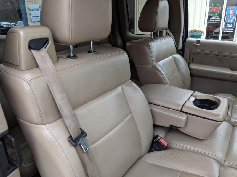 Ford F-150 2005 price $3,500 Cash