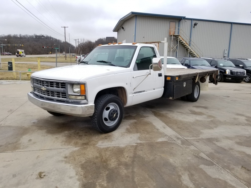 Chevrolet Silverado 3500HD 1998 price $3,000 Cash