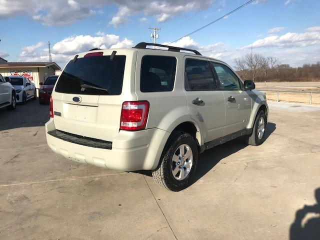 Ford Escape 2008 price $3,700 Cash