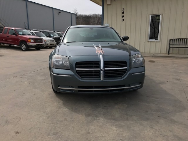 Dodge Magnum 2005 price $4,200 Cash