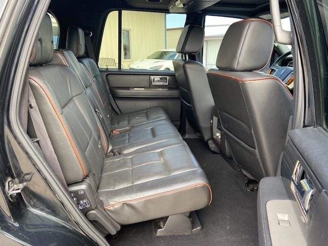 Lincoln Navigator 2007 price $6,000 Cash