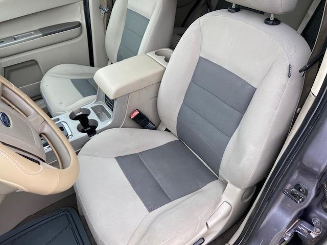 Ford Escape 2008 price $3,900 Cash