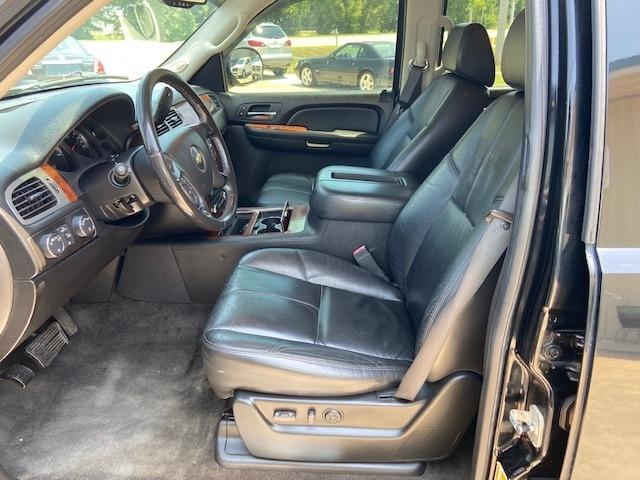 Chevrolet Suburban 2008 price $10,900 Cash