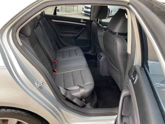 Volkswagen Jetta Sedan 2009 price $5,000 Cash