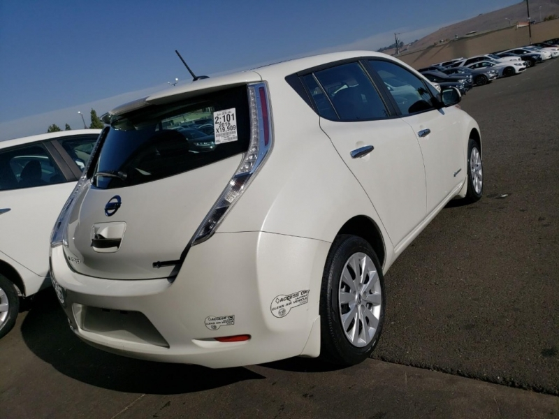 Nissan LEAF 2016 price $11,500