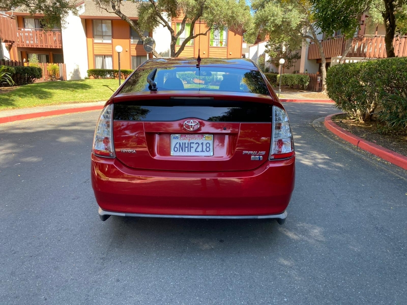 Toyota Prius 2009 price $5,395