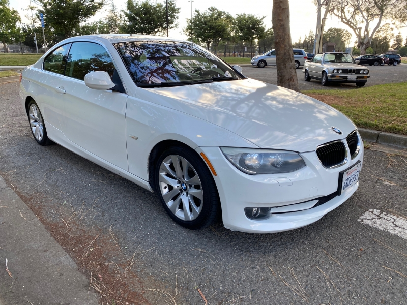 BMW 3-Series 2011 price $9,500