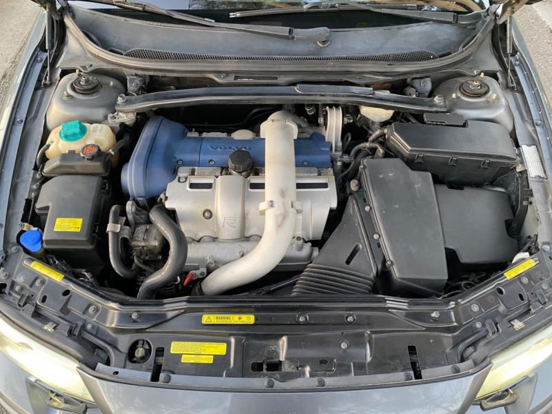 Volvo S60R Turbo R AWD Auto w/Sunroof 2004 price $7,995