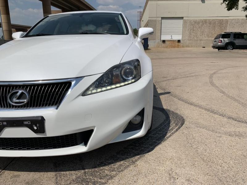 LEXUS IS 2012 price $10,900