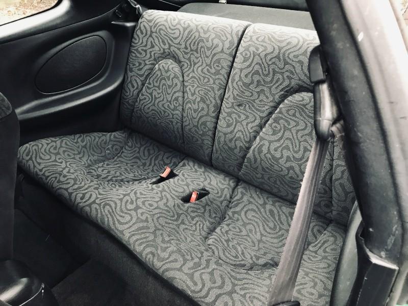 Hyundai Tiburon 2000 price $3,600