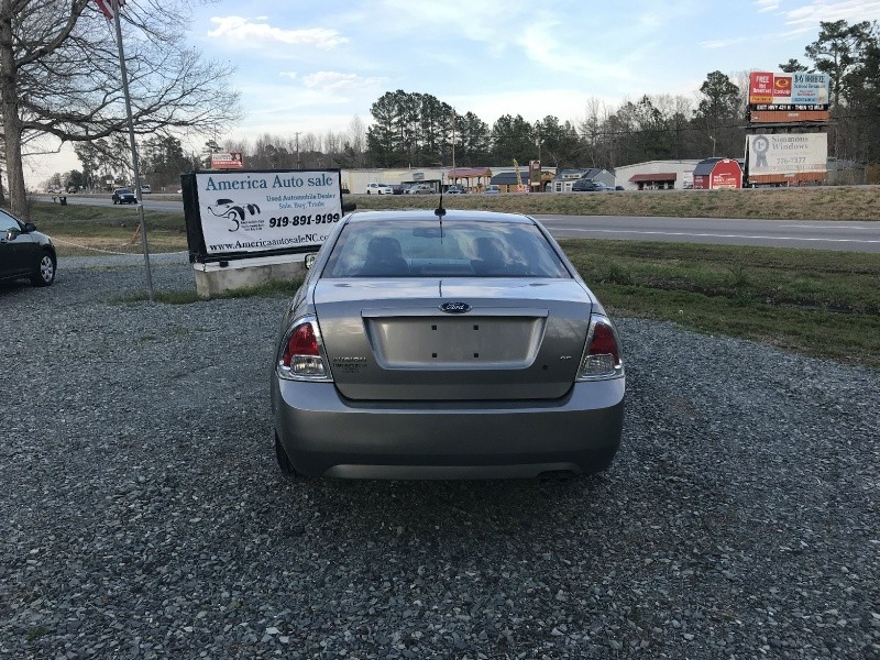 Ford Fusion 2009 price $4,990