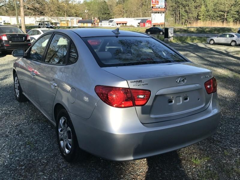Hyundai Elantra 2009 price $3,999 Cash