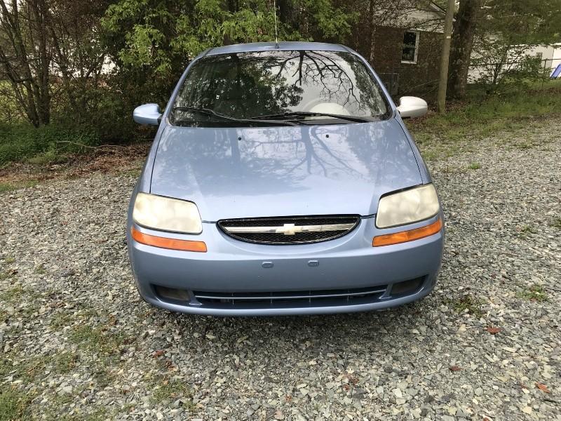 Chevrolet Aveo 2005 price $1,999 Cash