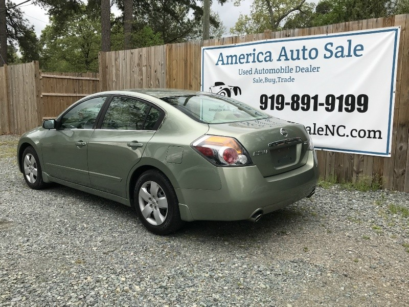 Nissan Altima 2007 price $2,999 Cash