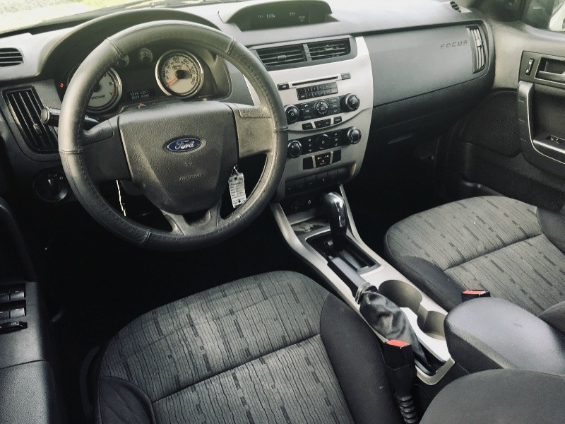 Ford Focus 2010 price $3,750 Cash