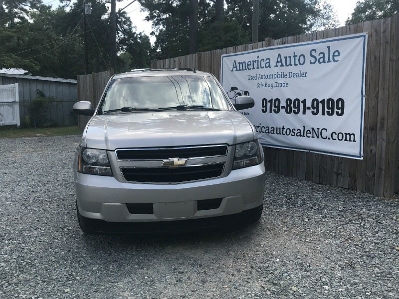 2009 Chevrolet Tahoe 4WD 4dr