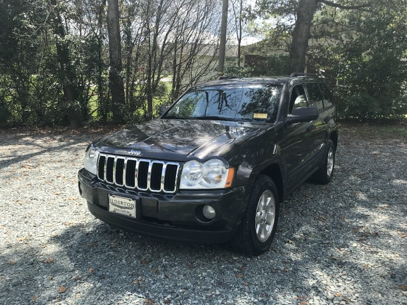 Jeep Grand Cherokee 2006 price $2,500 Cash