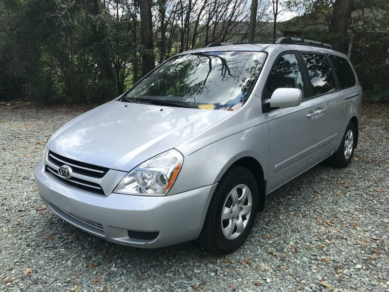 Kia Sedona 2007 price $2,999 Cash