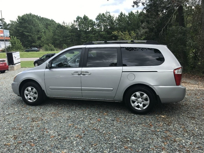 Kia Sedona 2007 price $3,499 Cash