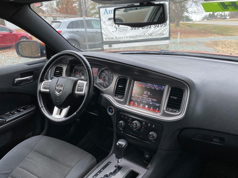 Dodge Charger 2011 price $7,499