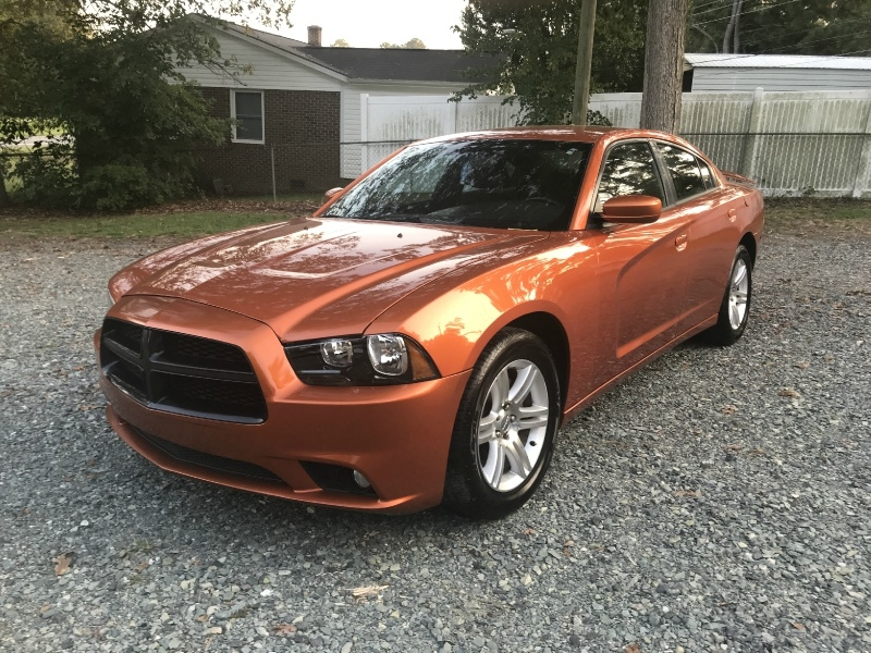 Dodge Charger 2011 price $7,999