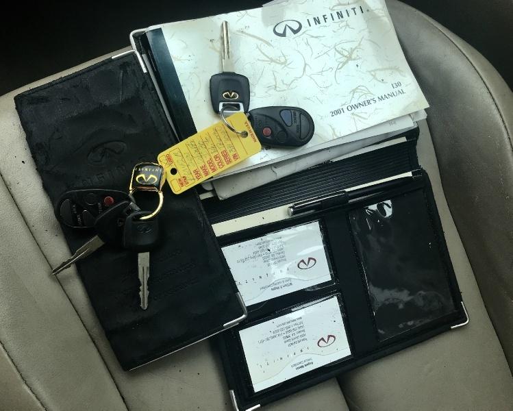 Infiniti I30 2001 price $2,750 Cash