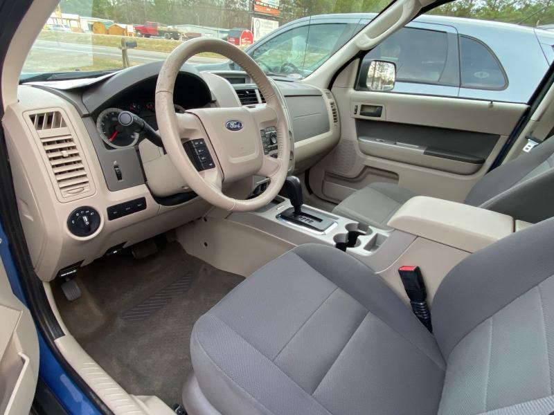 Ford Escape 2009 price $7,495 Cash
